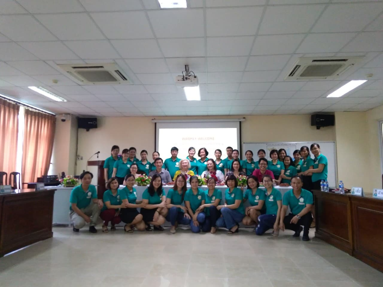 Lecturers of Baylor University - USA taught Methodology of teaching nursing for Master Students of the 5th course